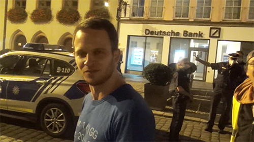 Rechtsanwalt Markus Haintz am 19. Sept. 2020 bei einer Demo in Landshut