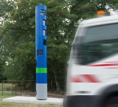 Toll Collect Maut Station auf Bundesstraßen. Damit läßt sich eine lückenlose Kontrolle aller PKW, LKW und deren Fahrer gewährleisten.