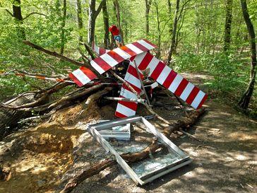 Barrikade der Umweltaktivisten im Hambacher Forst