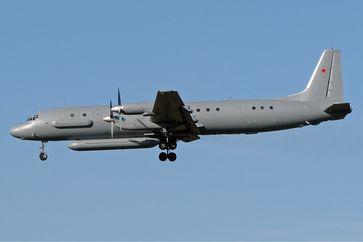 Flugzeug vom Typ Il-20