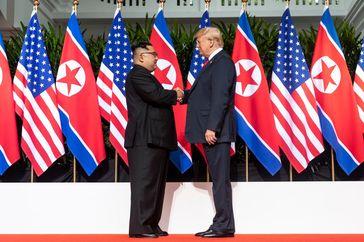 Kim Jong-un (links) und Donald Trump (rechts)