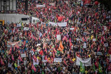 Demonstration in Frankfurt Bild: campact, on Flickr CC BY-SA 2.0