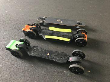 Elektro-Skateboard mit Komponenten aus dem 3D-Drucker