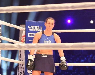 Julia Irmen WKU-Super-Fight im Jahr 2012 in Berlin