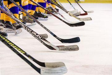 Eishockey (Symbolbild)