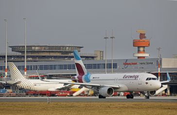 "Hamburg Airport zieht positive Bilanz 2016. Flughafen Hamburg. Bild: ""obs/Flughafen Hamburg GmbH/MICHAEL PENNER"""