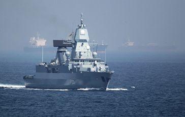 Die Fregatte Hamburg (F 220)