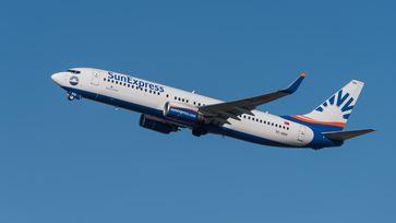 Sunexpress (Eigenschreibweise SunExpress, offiziell Güneş Ekspres Havacılık A.Ş.) ist eine türkische Fluggesellschaft mit Sitz in Antalya und Basis auf dem Flughafen Antalya.
