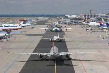 Rollverkehr am Flughafen Frankfurt. Bild: Fraport AG
