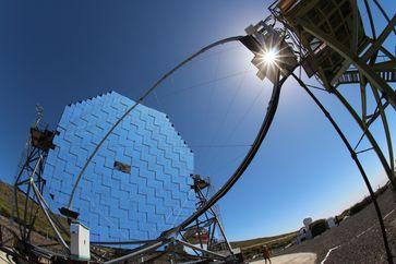 Auf der Kanareninsel La Palma forschen die Dortmunder Physikerinnen und Physiker an den MAGIC-Teleskopen. Quelle: Dominik Elsässer/TU Dortmund (idw)