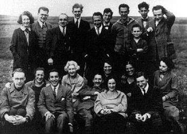 Protagonisten der Ersten Marxistischen Arbeitswoche in Geraberg 192 Georg Lukàcs (Mitte) neben Richard Sorge & Felix Weil (rechts stehend)