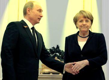Angela Merkel und Wladimir Putin (2015)