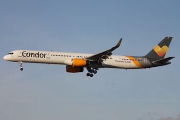 Boeing 757-300 der Condor