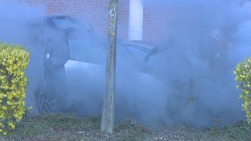 Brennendes Elektrofahrzeug Bild: Feuerwehr