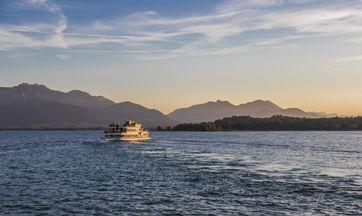 """Der Chiemsee, auch """"Bayerisches Meer"""" genannt. Bild: Chiemgau Tourismus e.V. Fotograf: Thomas Kujat"""