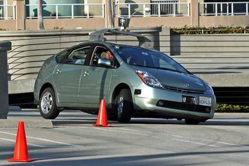 Autonomes Fahren:  Googles Roboter-Auto im März 2011.
