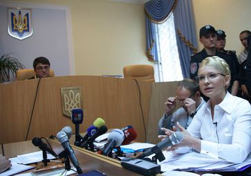 Julija Tymoschenko im Gerichtssaal (2011)