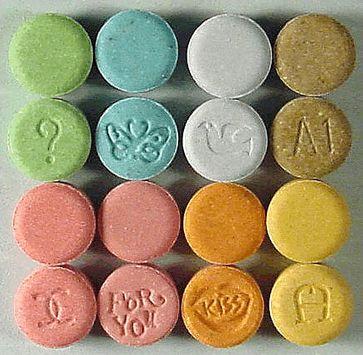 Ecstasy in Tablettenform. Quelle: Foto: wikimedia.org (idw)