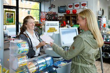 Spielscheine für Eurojackpot können in jeder Lotto-Verkaufsstelle abgegeben werden.
