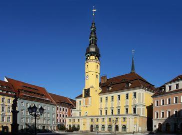 Bautzener Rathaus mit Hauptmarkt