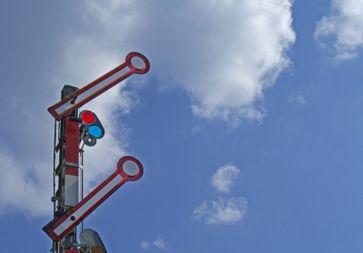 Signalanlage bei der Bahn (Symbolbild)