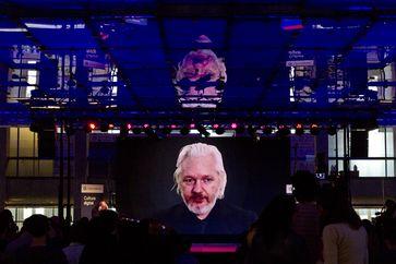 Julián Assange (2015), Archivbild