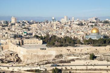 Jerusalem Altstadt mit al-Aqsa-Moschee und Felsendom. Bild: Carsten Raum / PIXELIO