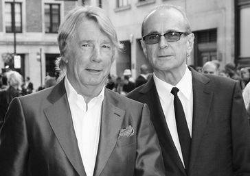 Rick Parfitt (links) mit Francis Rossi, 2013 Bild: Richard Goldschmidt, CC BY 3.0, https://commons.wikimedia.org/w/index.php?curid=27041341