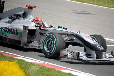Michael Schumacher im Mercedes MGP W01 beim Großen Preis von Kanada 2010