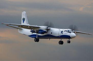 Eine Antonow An-26