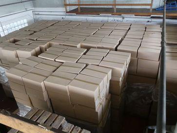 Zwölf Millionen Zigaretten verpackt in sogenannten Mastercases. Bild: Zollfahndungsamt Frankfurt am Main