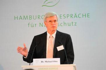 Dr. Michael Otto, Vorsitzender des Kuratoriums, führt in das Thema der 7. Hamburger Gespräche ein. Bild: obs/Michael Otto Stiftung für Umweltschutz
