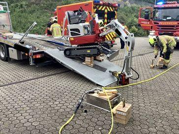 Personenrettung aus Bagger Bild: Feuerwehr