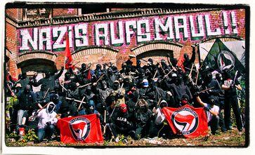 Deutschland rückt ins linksextremistische Lager: Potenzielle Gefahr von Rechts wird mit allen Mitteln bekämpft - Gewalt und Mord von Links ist kein Thema. (Symbolbild)