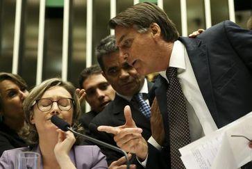 Bolsonaro (vorne rechts) als Kongressabgeordneter (2016)