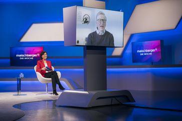 Sandra Maischberger (Das Erste) interviewt Bill Gates,  Bild: WDR Fotograf: Ben Knabe
