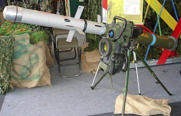 Typ MELLS (Mehrrollenfähiges Leichtes Lenkflugkörper-System) für Raketen des Typs Spike-LR