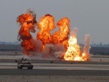 Explosion, Bombardement & Anschlag (Symbolbild)