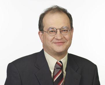 Arnold Vaatz
