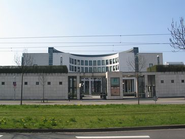 Generalbundesanwalt beim Bundesgerichtshof (Bundesanwaltschaft): Straßenseite