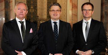 Bayrisches Staatsministerium, v.l.: Generalstaatsanwalt Manfred Nötzel, Bayerns Justizminister Bausback, Generalbundesanwalt Dr. Peter Frank
