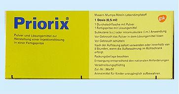 Frage: Hat Gesundheitsminister Jens Spahn etwas gegen Kinder? Antwort: Ja, MMR-Impfstoffe.