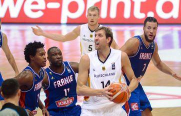 Nowitzki in einem Freundschaftsspiel Deutschland gegen Frankreich, 2015
