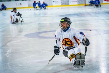Para-Eishockey Jacob Wolff; Bild: BG BAU Berufsgenossenschaft der Bauwirtschaft Fotograf: Frank Woelffing