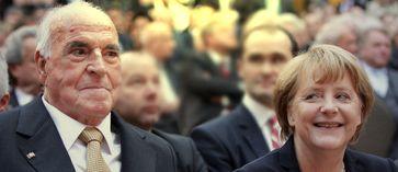 Helmut Kohl und Angela Merkel