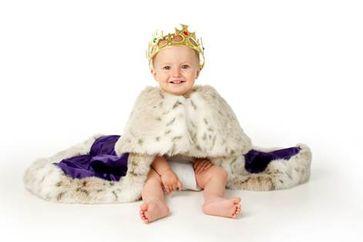 So königlich sieht tierfreundliche Prinzenbekleidung aus. Bild: © PETA UK