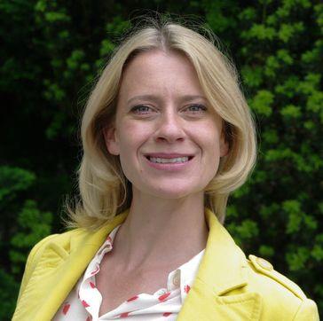 Caroline Peters am Set von Mord mit Aussicht, 2014