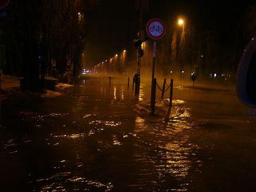 Überschwemmung (Symbolbild)