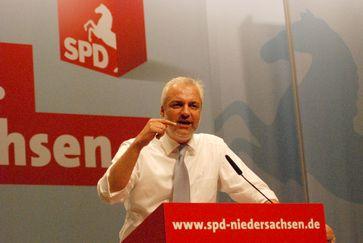 Garrelt Duin bei der Aufstellung der SPD-Landesliste Niedersachsen zur Bundestagswahl 2009.
