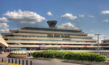 Flughafen Köln-Bonn - Hauptgebäude des Terminal 1